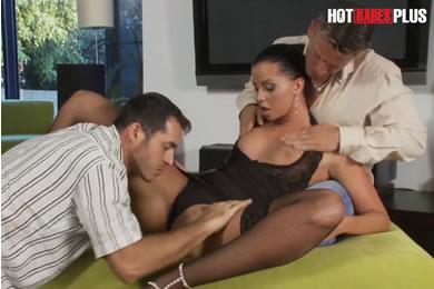 Magyar pornósztár szex - Larissa Dee